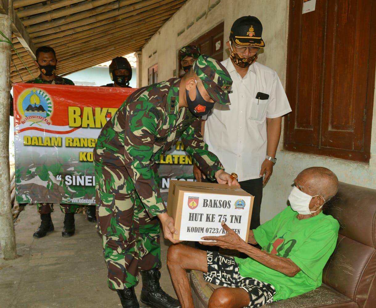 Sambut HUT TNI Dandim Klaten Kunjungi Masyarakat Kurang Mampu